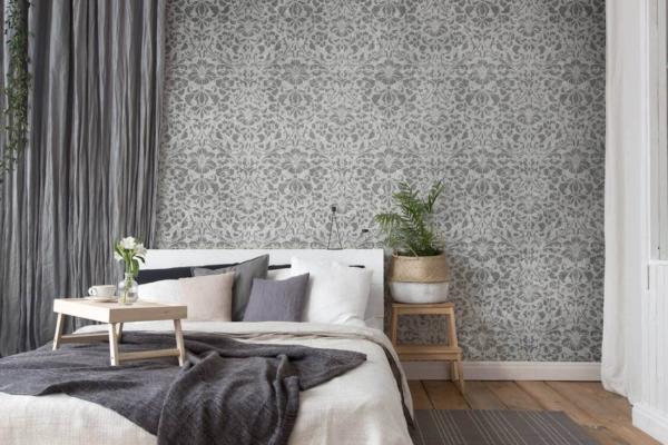 Szablon malarski Renesso - wzór powtarzalny - szara ściana w sypialni