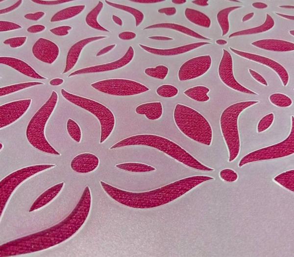 szablon malarski Teramo - zdjęcie rzeczywistego produktu na różowym tle